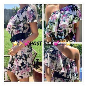 🎉HP🎊 NWT 1 Shoulder Floral Ruffle Shift Dress